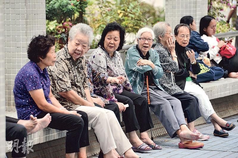 公共年金計劃料年內推出,退休人士可獲得終身收取的年金,晚年生活便有多一重保障。